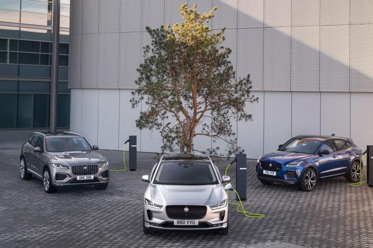 Jaguar будет лечиться электричеством знаменитый бренд отказывается от бензина и дизеля