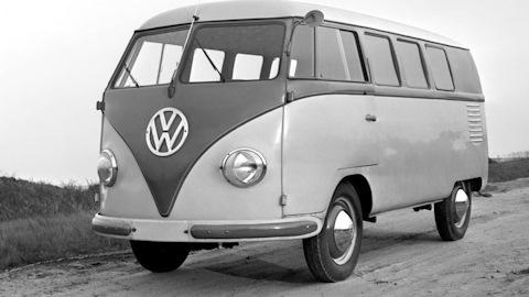 Ложе любви и хиппимобиль как микроавтобус Volkswagen превратился в символ контркультуры (16 фото)