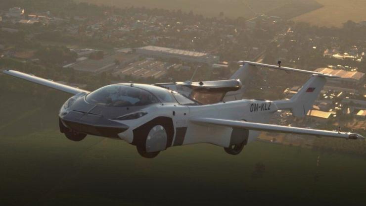 Летающая машина AirCar (видео)