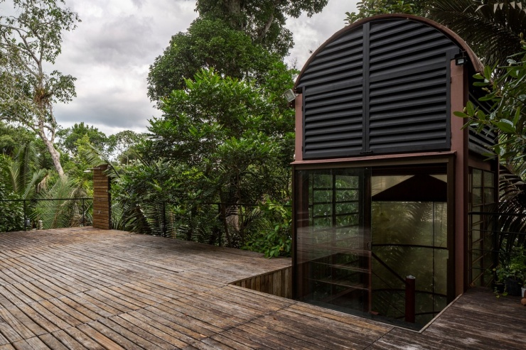 Дом в тропических лесах Бразилии (28 фото)