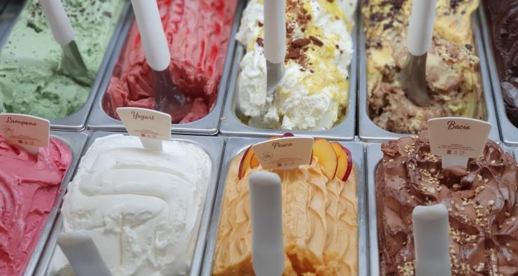 Можно ли есть мороженое, если болит горло