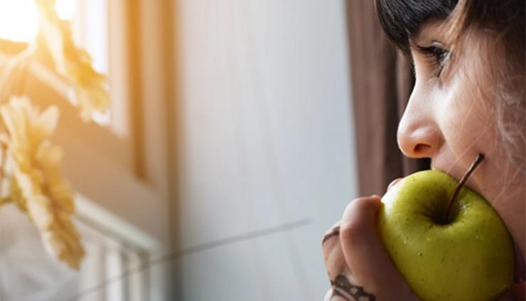 Почему нужно тщательно пережевывать пищу