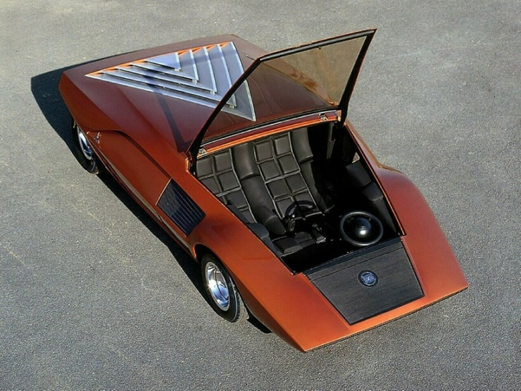 Необычный роскошный автомобиль из 1970 года, существующий в единственном экземпляре (10 фото)