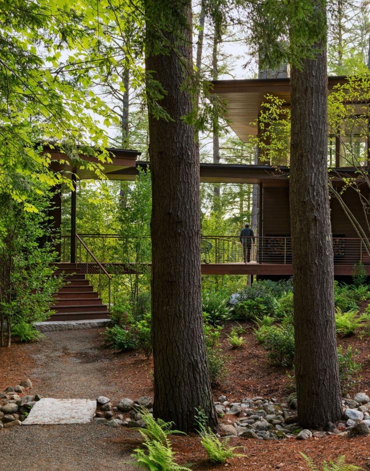 Загородная резиденция на берегу озера в США
