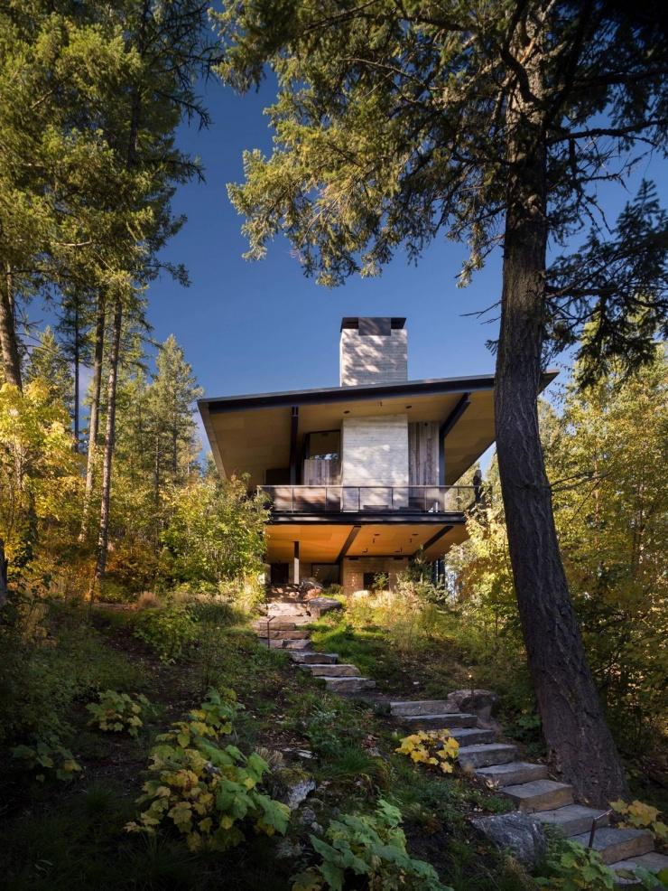 Дом для отдыха у озера в штате Монтана