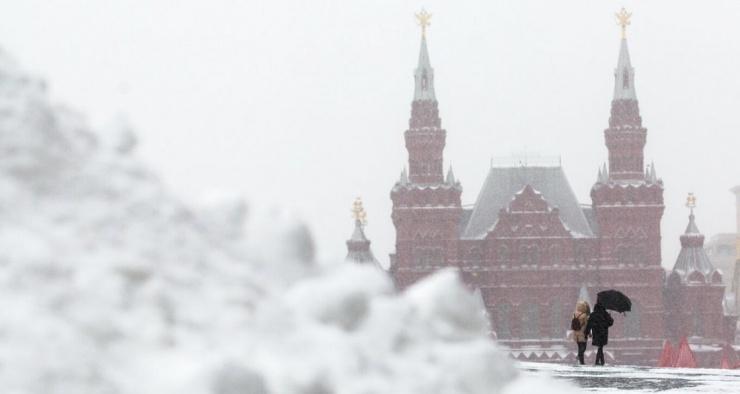 Куда исчезает убранный с улиц снег