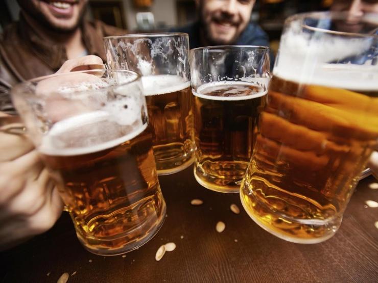 Немецкие пивовары уничтожили миллионы литров продукции