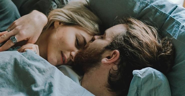Плохой сон снижает либидо у женщин