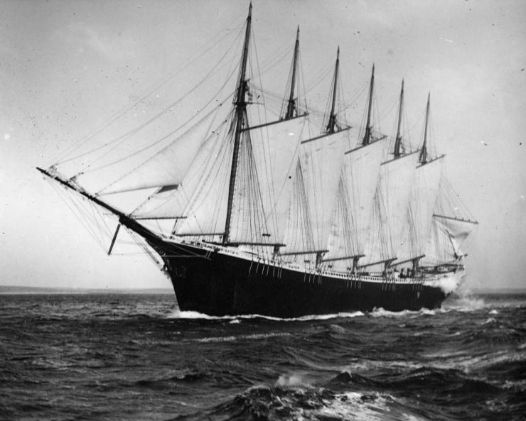 Самое большое деревянное судно в мире