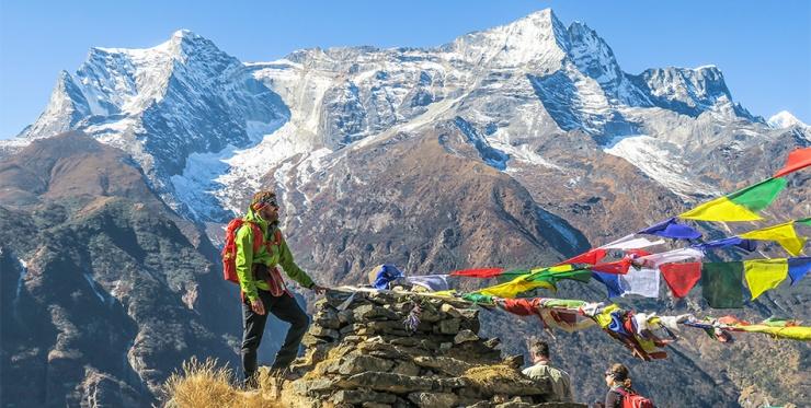 Мусор, найденный на Эвересте, превратят в произведения искусства