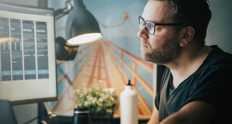 Как компьютер и телефон влияют на наше зрение