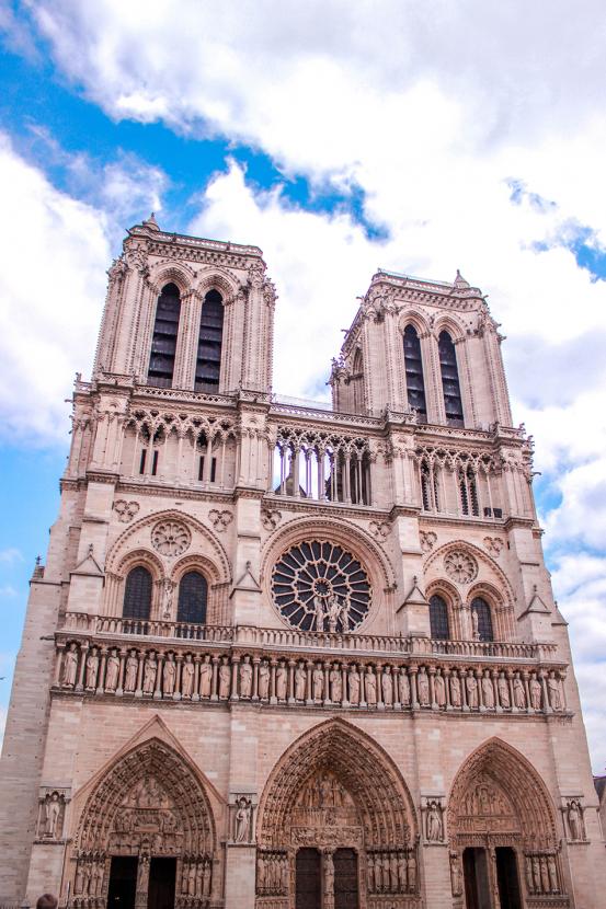 Собор Парижской Богоматери откроют после реставрации в 2024 году