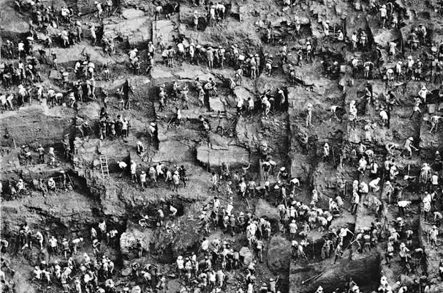 Жестокая реальность работы на шахте Серра-Пелада (20 фотографий)