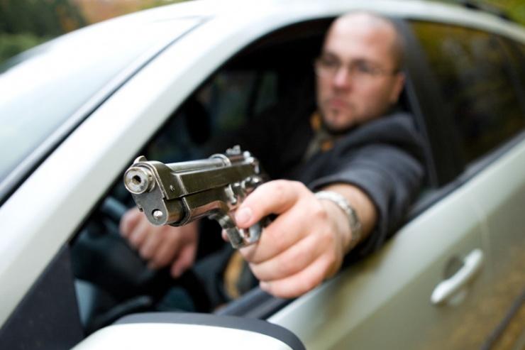 Можно ли возить с собой в машине пневматический пистолет?