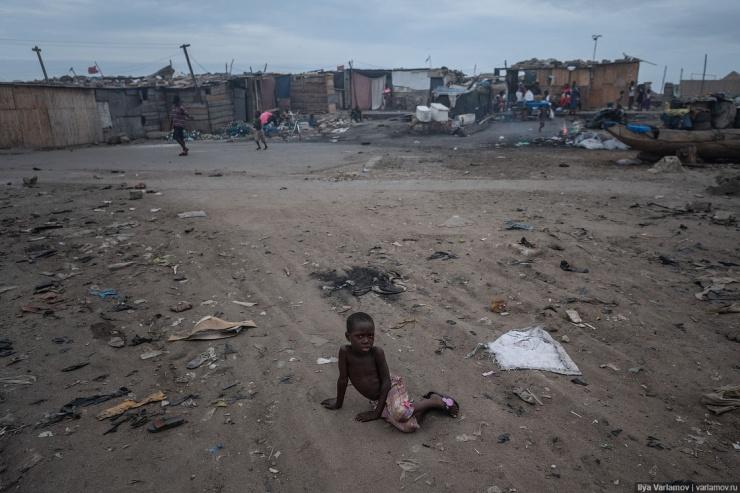 Страх и нищета в Гане (57 фото)