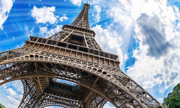 19 монументальных фактов об Эйфелевой башне