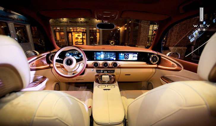 В Китае показали самый жуткий автомобиль года. Он называется Wey Retro SUV