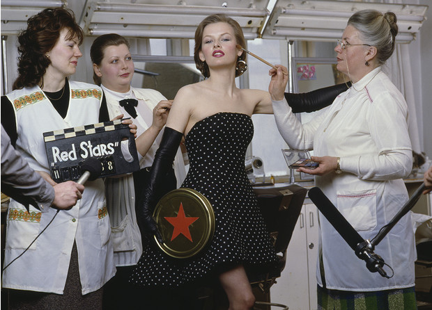 «Красные звезды перестройки»: популярные советские актрисы в съемке американского фотографа, 1988 год