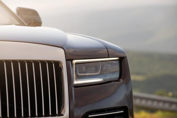 Ти-ши-на! 10 важных фактов о новом Rolls-Royce Ghost