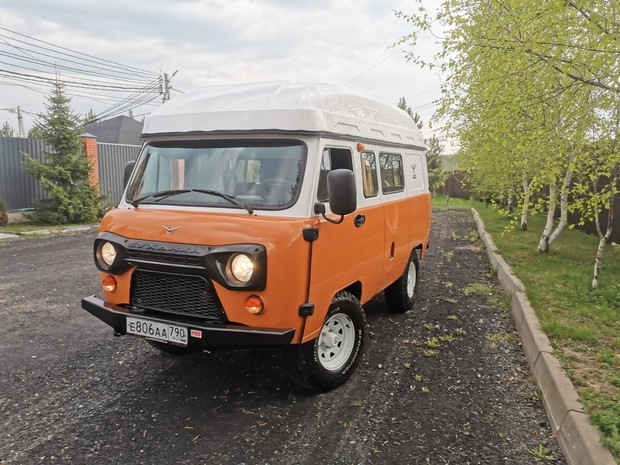 УАЗ запускает в серию дом на колесах