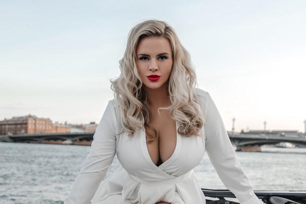 Ученые нашли ответ на вопрос, в какой стране у женщин самая большая грудь!