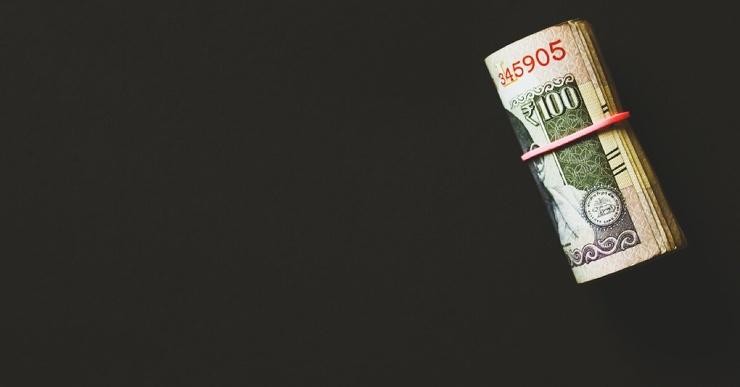 Россияне назвали сумму ежемесячного дохода для достойной жизни