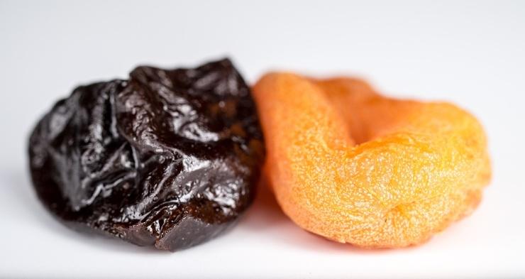 Употребление всего 5 черносливов в день снижает риск сердечных заболеваний и воспалений