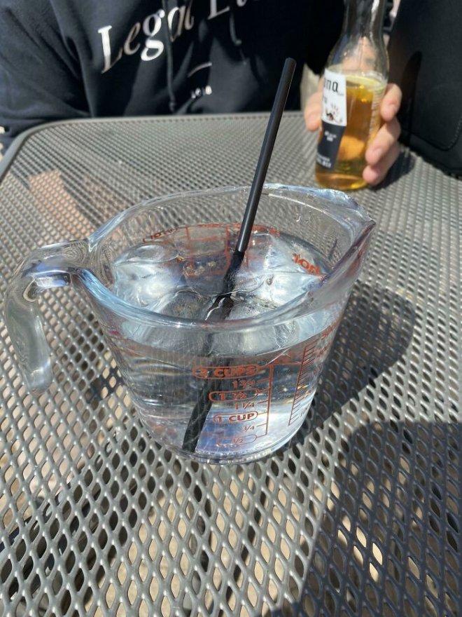 В чем подают напитки в некоторых заведениях