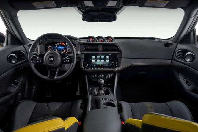 Nissan представил новый спорткар, который сменит культовое купе 370Z