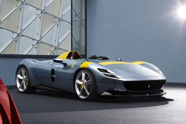 Опубликован список самых красивых с точки зрения математики автомобилей