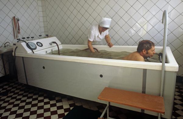 Странный мир советских санаториев (галерея)