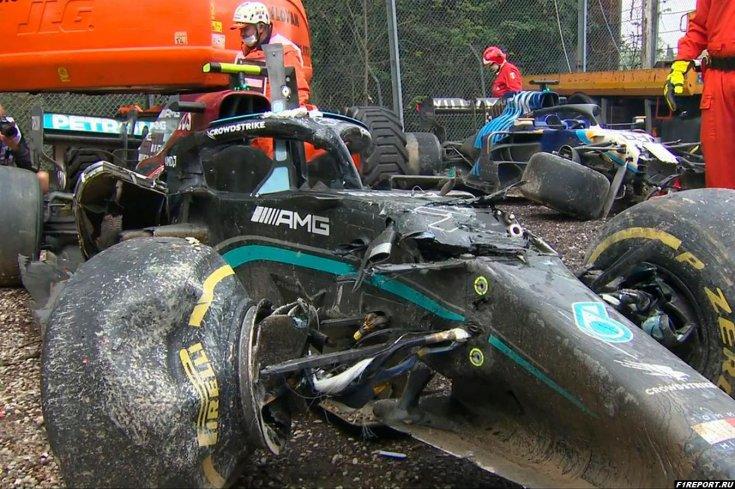 Стала известна сумма ущерба Мерседеса от аварии во время Гран-при Эмилии-Романьи