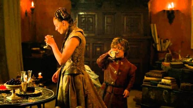 Пить вдвоем полезно для отношений пары, считают ученые